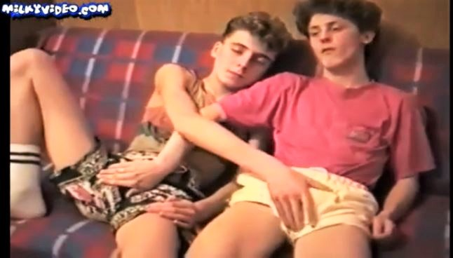 2 hot boys